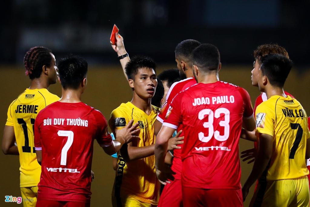 Sao U23 Viet Nam ngan dong doi vao trong tai anh 4