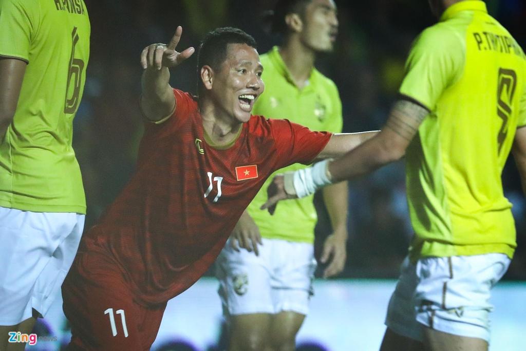 Tuan Anh gay an tuong, Xuan Truong can 5 phut de lam nen lich su hinh anh 6