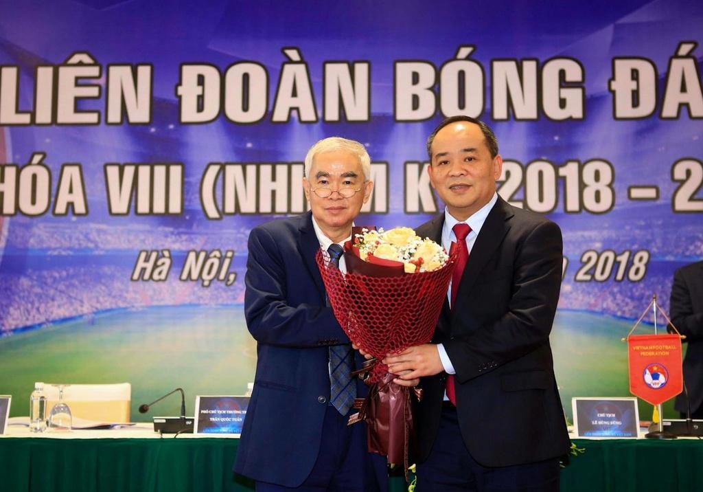Vi sao VFF chua the gia han hop dong voi HLV Park Hang-seo? hinh anh 4