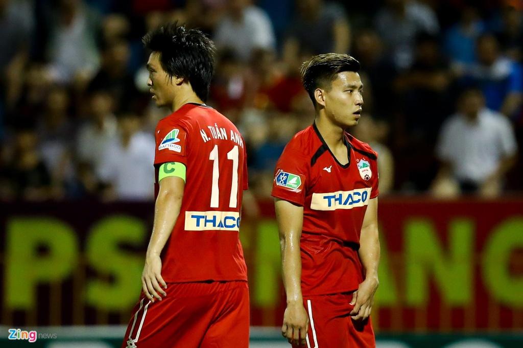 Cong Phuong ra mat CLB Sint-Truiden anh 6