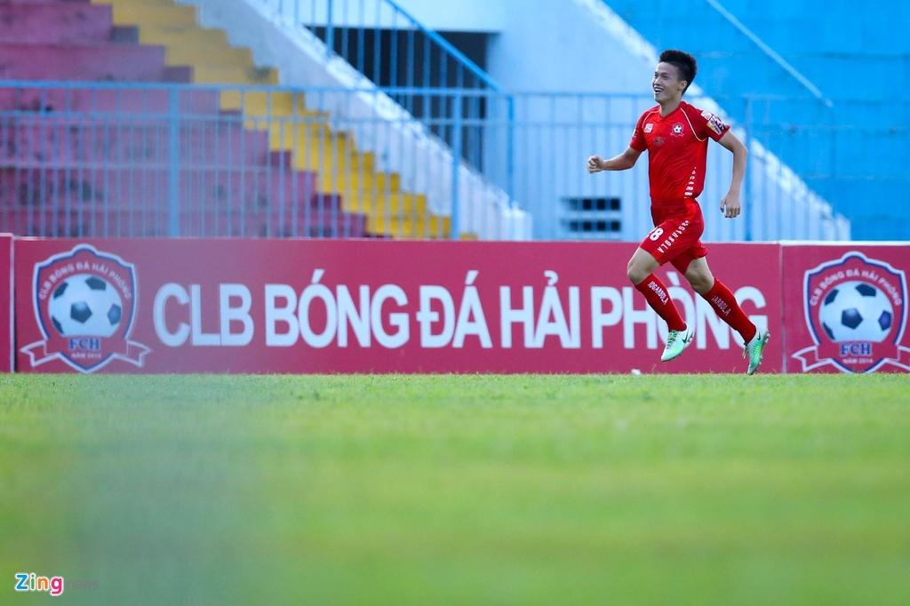 Hau ve Hai Phong can pha qua cam, ngan sao U23 Viet Nam lap cong hinh anh 8