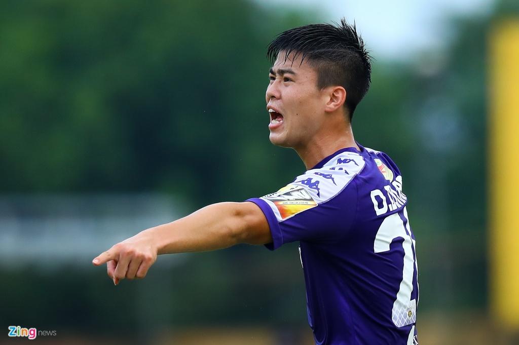 19 phut khong nhu y cua cau thu sinh nam 2000 ra mat V.League hinh anh 6