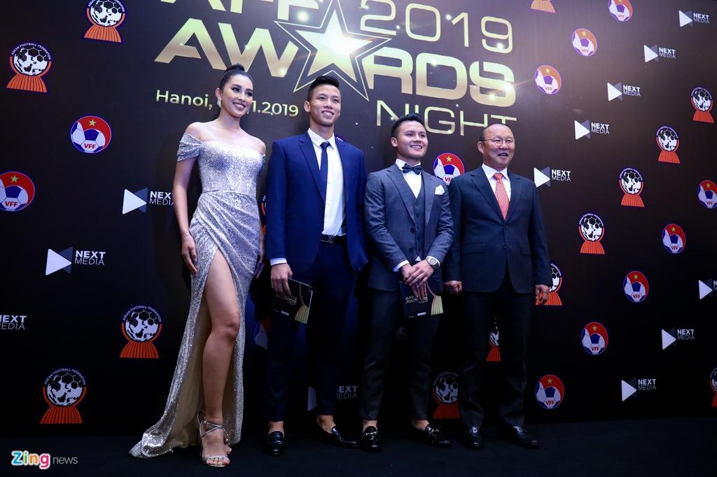 Quang Hai lap cu dup AFF Awards 2019 anh 9
