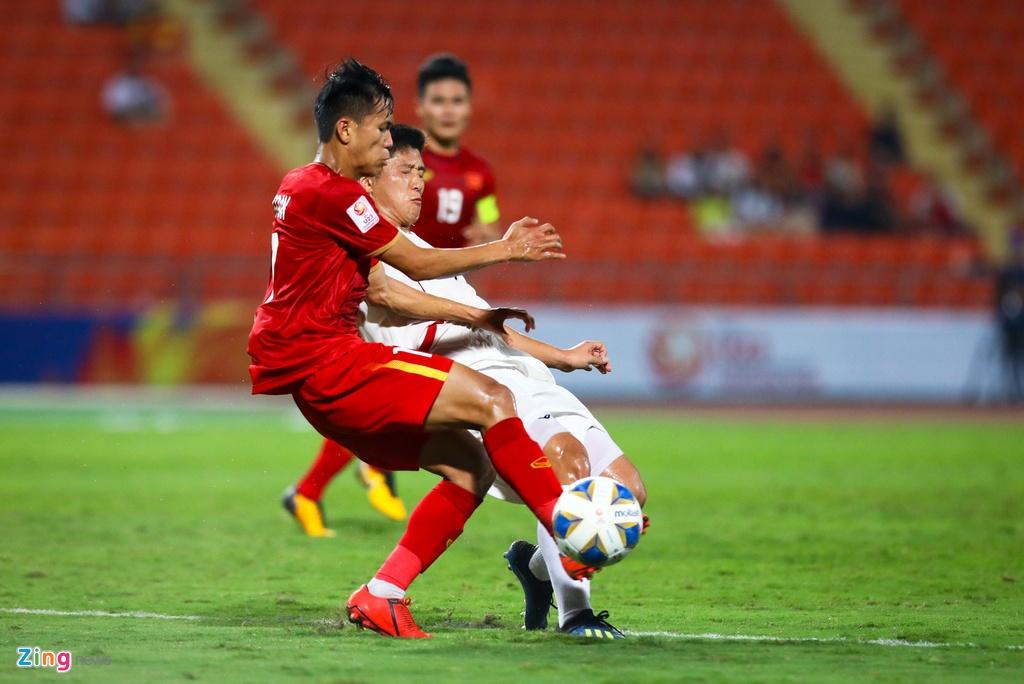 Tran Bao Toan khien U23 Viet Nam nhan phat den trong ngay ra mat hinh anh 3 Bao_Toan_U23_Viet_Nam_3_zing.jpg