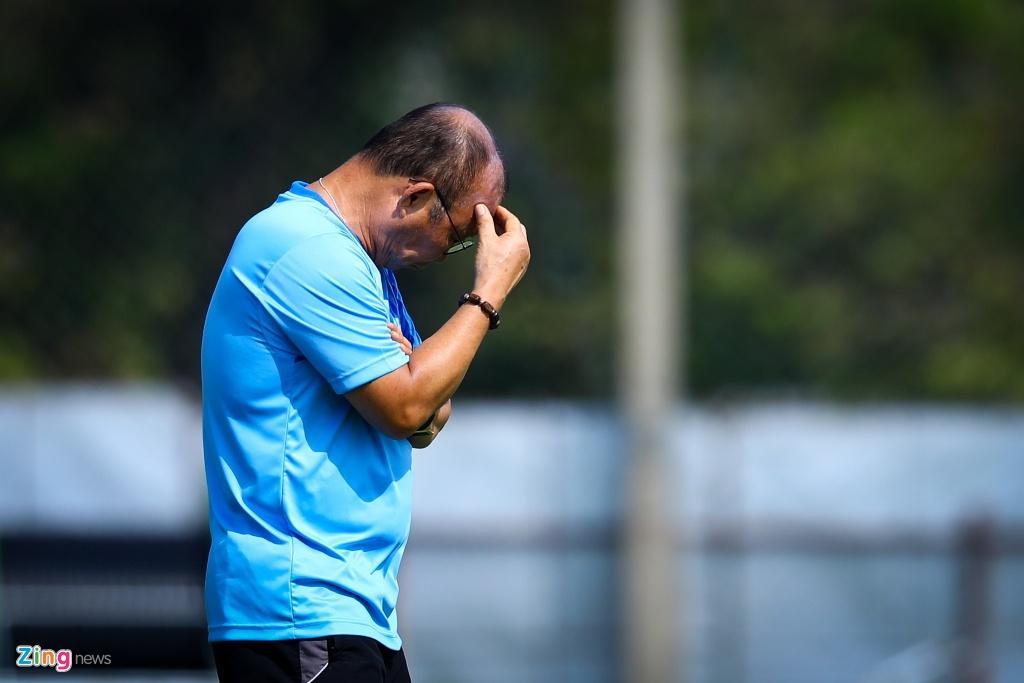 U23 Viet Nam co nen thay tuyen quoc gia da AFF Cup? hinh anh 3 U23_vs_Tuyen_Viet_Nam_4_zing.jpg