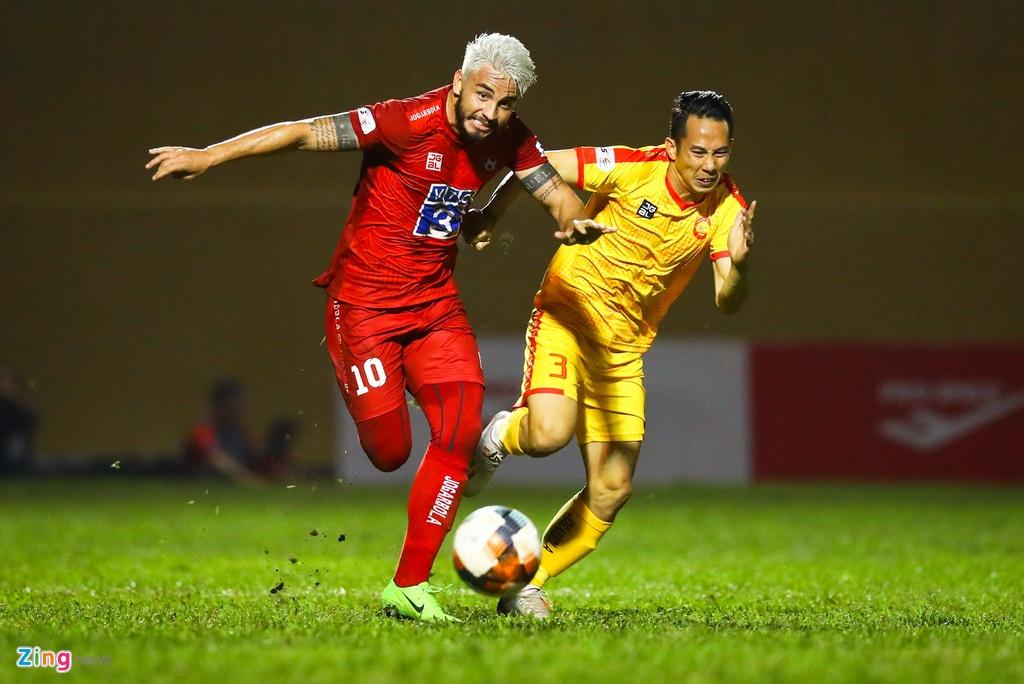 Nhieu doi phan doi de xuat V.League tro lai cua VPF hinh anh 1 V.League_tap_trung_1_zing.jpg