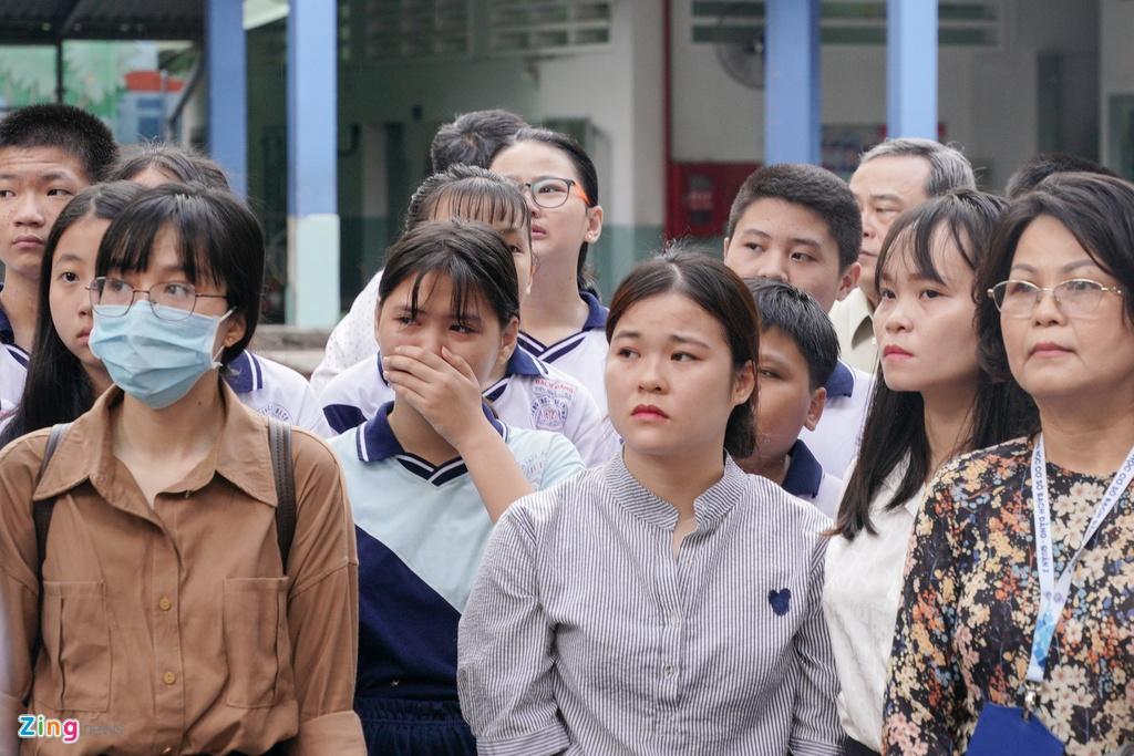 Me kiet suc, khong the tien nam sinh bi cay phuong do de tu vong hinh anh 10 Phuong_nga_Zing_19.jpg