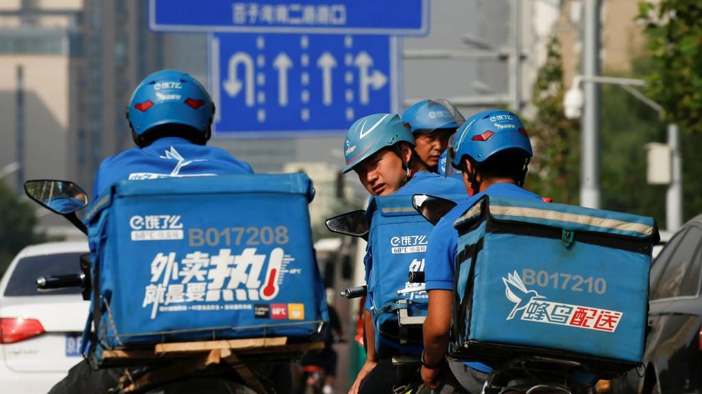 Tai xe giao do an TQ lieu mang song de lam giau cho Alibaba va Tencent hinh anh 3