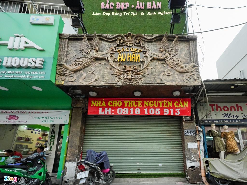 Nha pho vang bong khach thue hinh anh 7 Cuahang_Zing.jpg