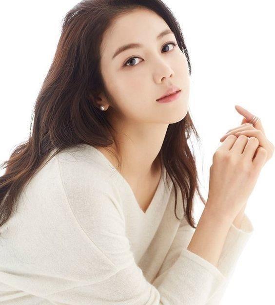 Song Joong Ki ly hon anh 4