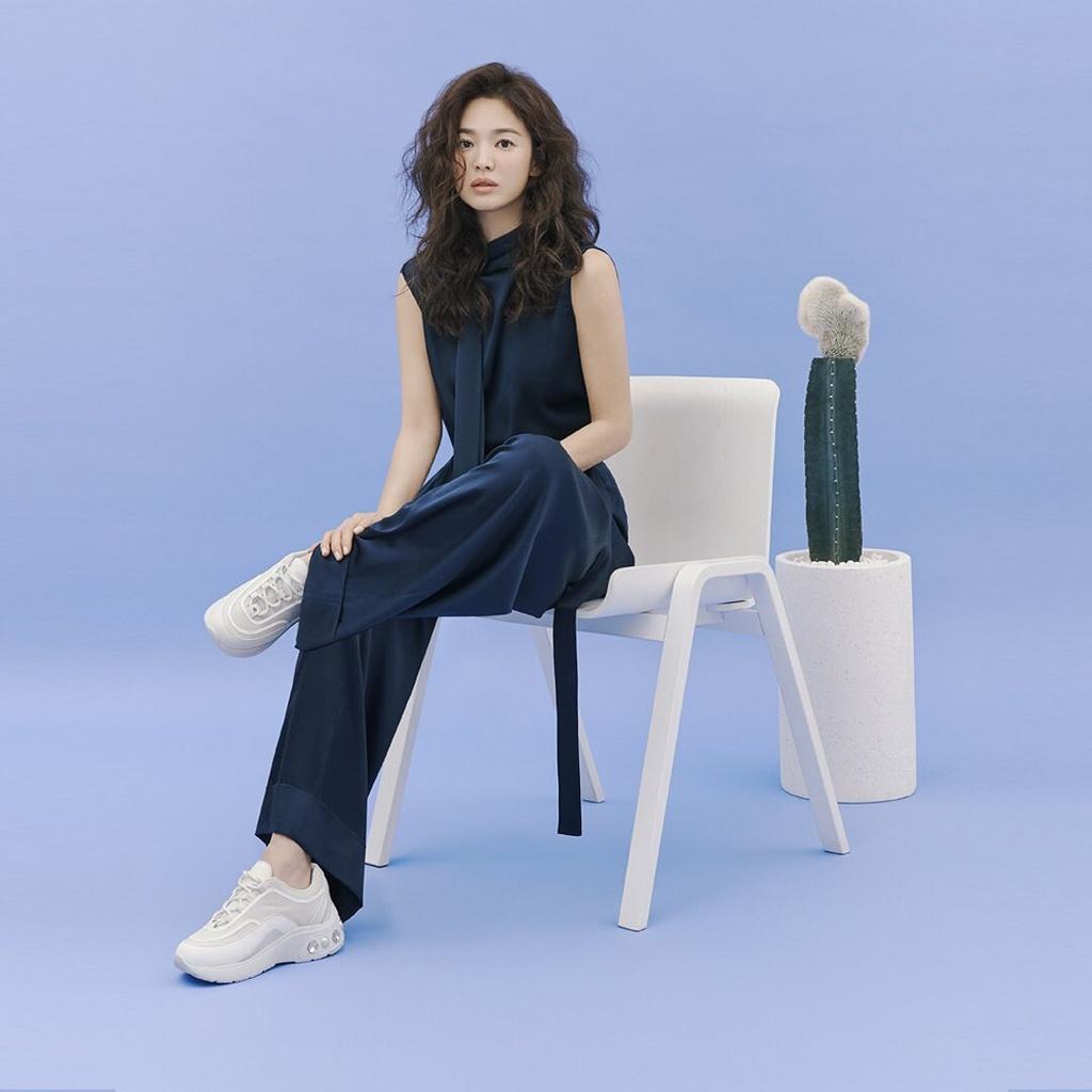 Song Hye Kyo duoc khen dep khi de toc xoan hinh anh 14 song_hy_kyo2.jpg