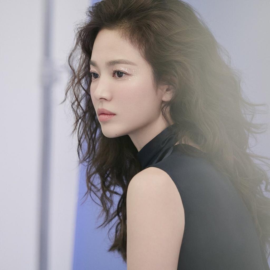 Song Hye Kyo duoc khen dep khi de toc xoan hinh anh 1 song_hye_kyo2.jpg