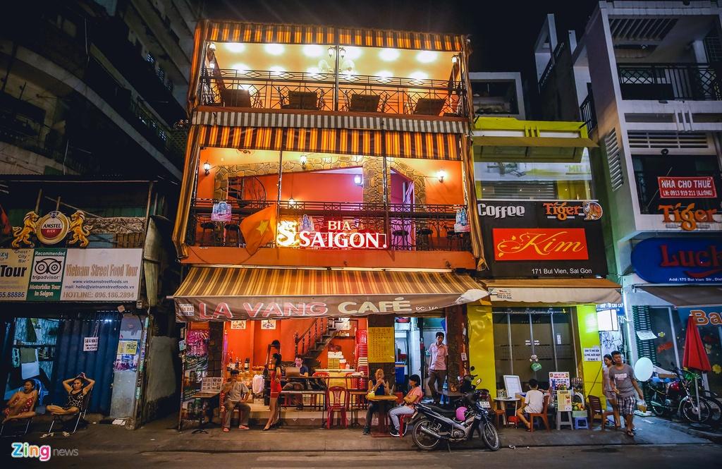 Pho Tay Bui Vien van diu hiu sau khi het cach ly xa hoi hinh anh 3 bv3_zing.jpg