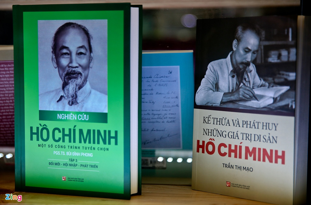 Chu tich Ho Chi Minh anh 2