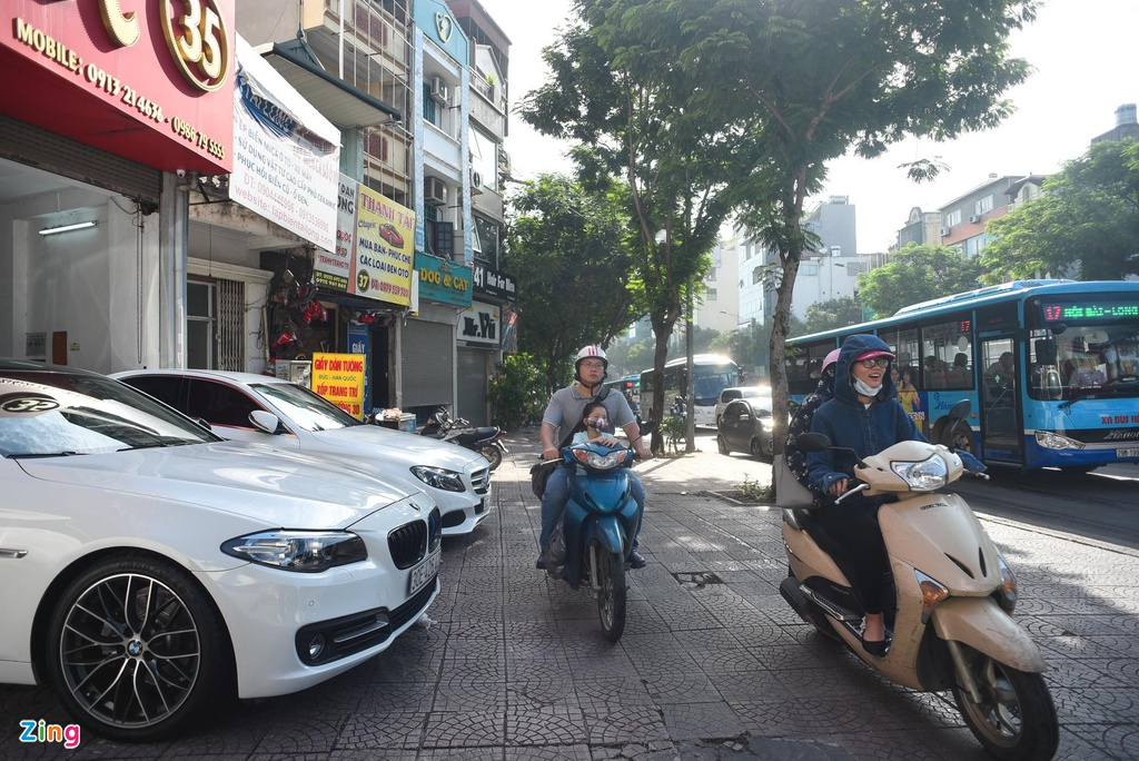Nut giao Nguyen Van Cu - Chuong Duong anh 8