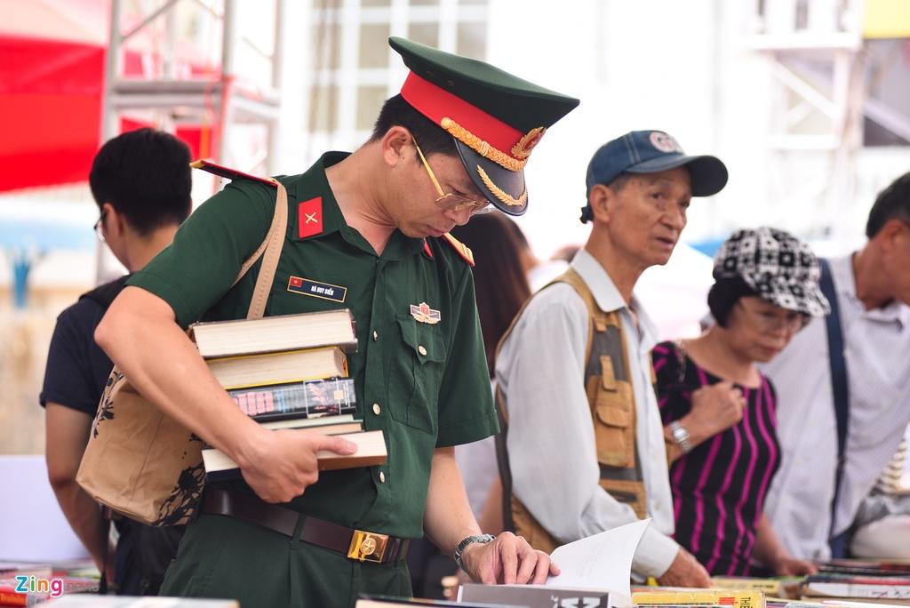 Khai mac Hoi sach Ha Noi 2019 hinh anh 8