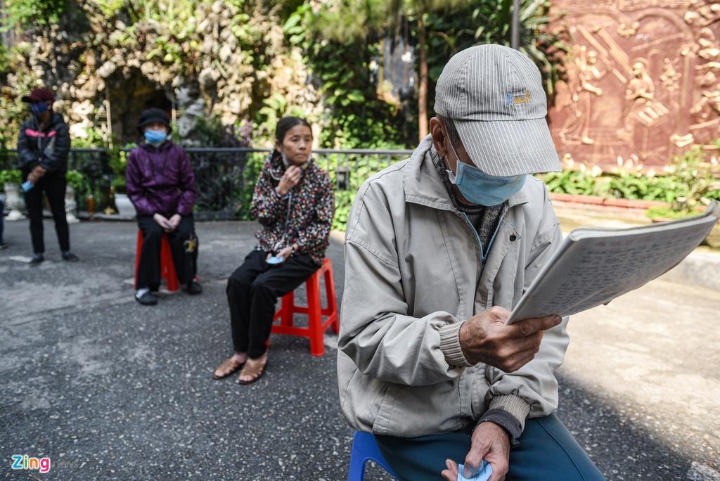 Xep hang quanh Nha tho Lon cho nhan gao mien phi hinh anh 8 DSC_5316_zing.jpg