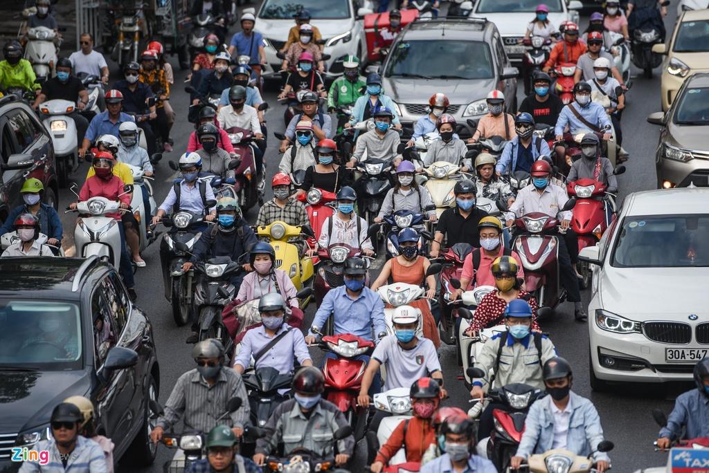 Giao thong Ha Noi roi loan trong con mua sang dau tuan hinh anh 5 DSC_3073_zing.jpg