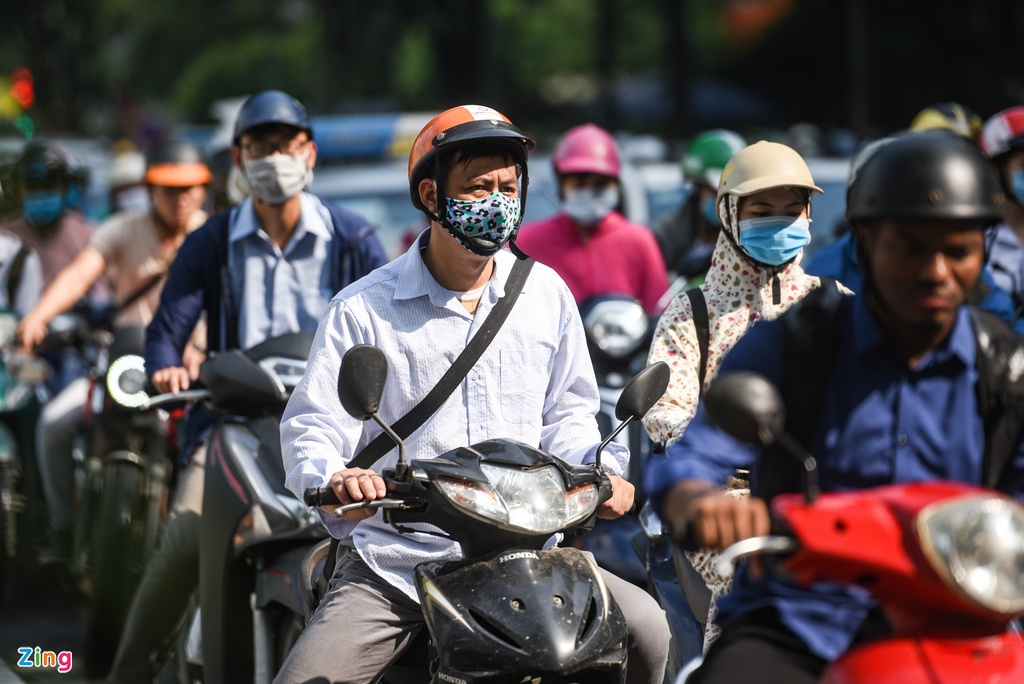 Giao thong Ha Noi roi loan trong con mua sang dau tuan hinh anh 7 DSC_3127_zing.jpg