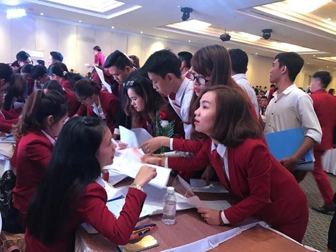Dia oc Alibaba lieu linh choi 'van bai lat ngua' voi khach hang hinh anh 2