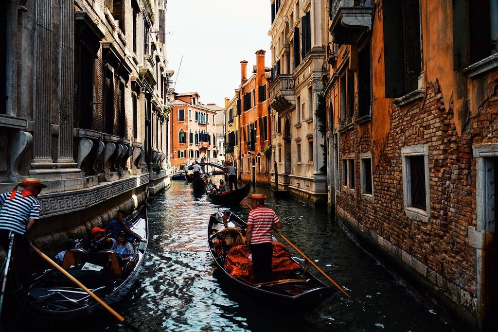Theo chan Chau Bui den Venice: Lac vao giac mong dep quen loi ve hinh anh 2