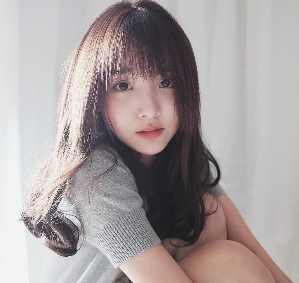 Nhung hot girl, hot boy den Viet Nam khien fan nao loan hinh anh 3