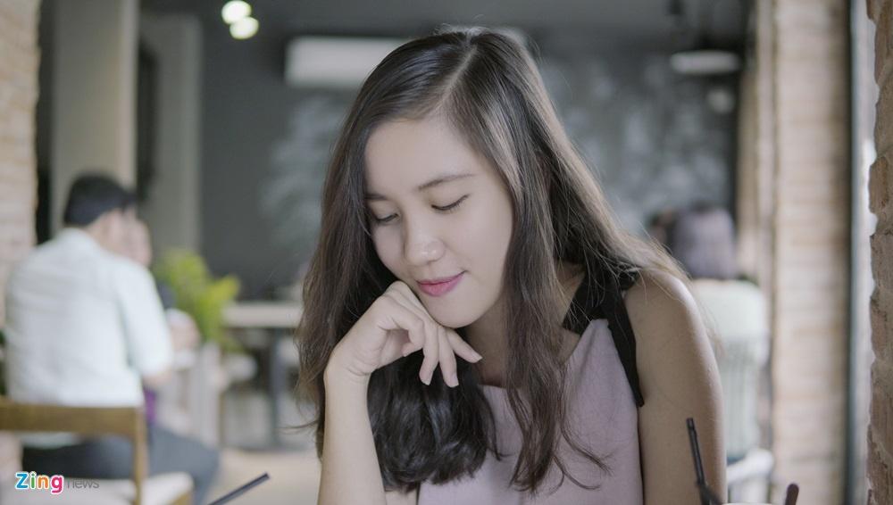 9X 'con nha nguoi ta': Xinh dep, IELTS 8.0, thu khoa kep DH Su pham hinh anh 5