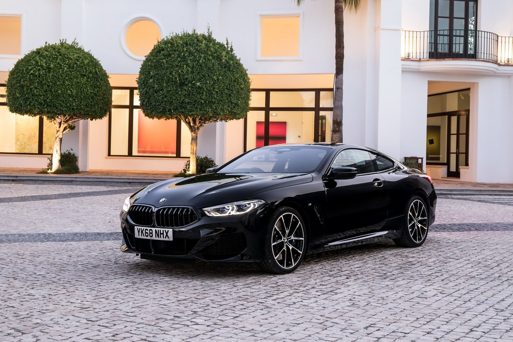 BMW 8-Series Coupe 2019 ra mat tai Anh, gia gan 100.000 USD hinh anh 10