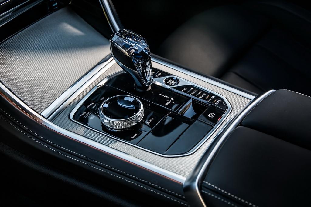 BMW 8-Series Coupe 2019 ra mat tai Anh, gia gan 100.000 USD hinh anh 9