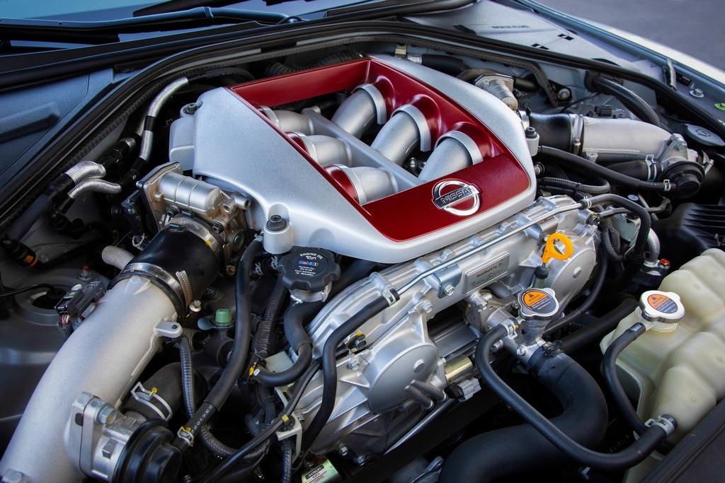 Nissan GT-R 2019 cap ben nuoc My, gia gan 100.000 USD hinh anh 7