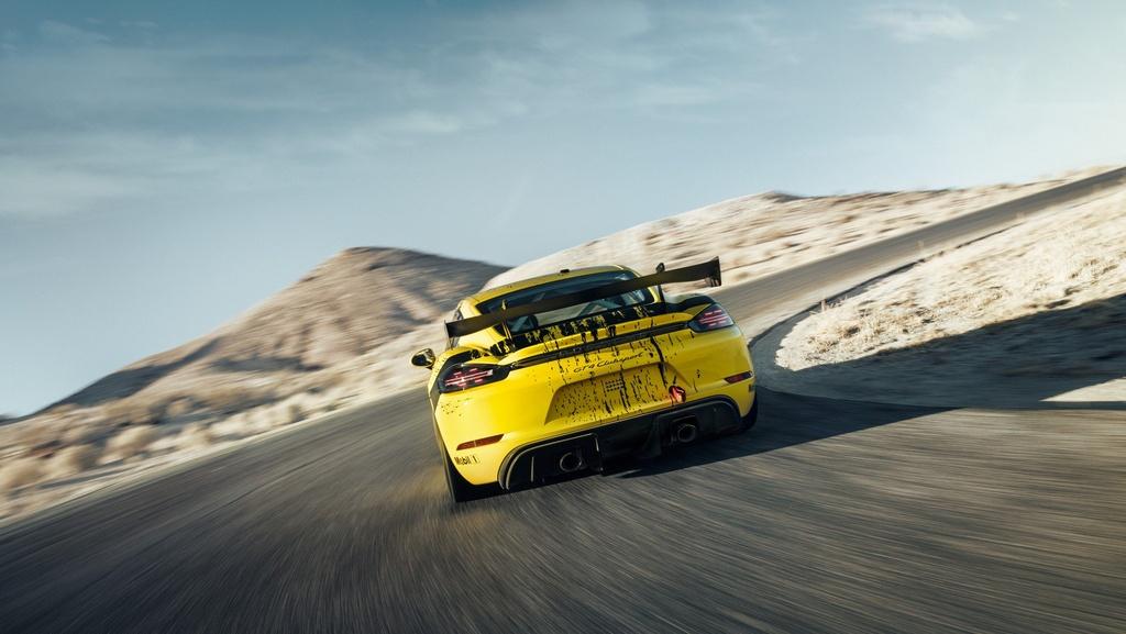 Porsche ra mat xe dua Cayman GT4 Clubsport anh 7