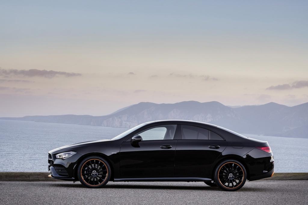 Mercedes-Benz CLA-Class the he moi ra mat anh 2