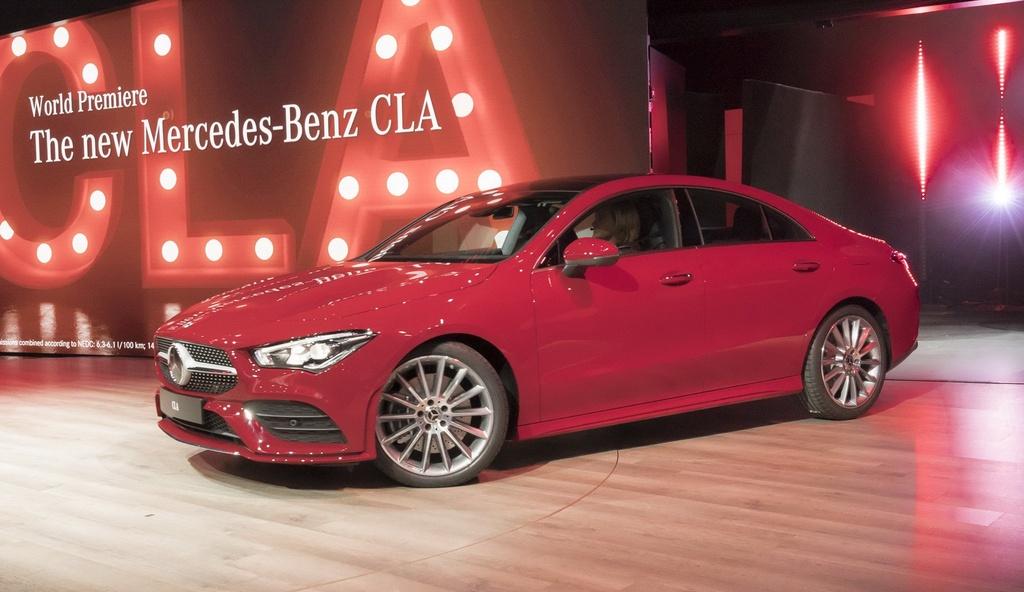 Mercedes-Benz CLA-Class the he moi ra mat anh 1
