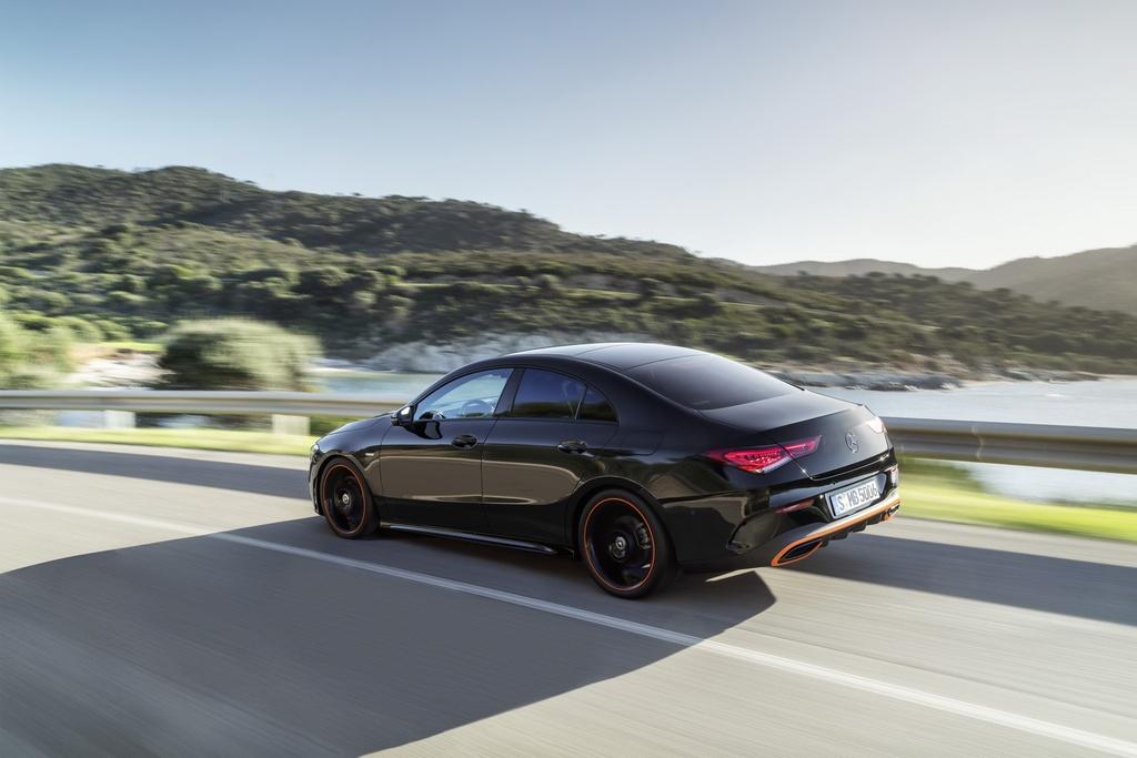 Mercedes-Benz CLA-Class the he moi ra mat anh 10
