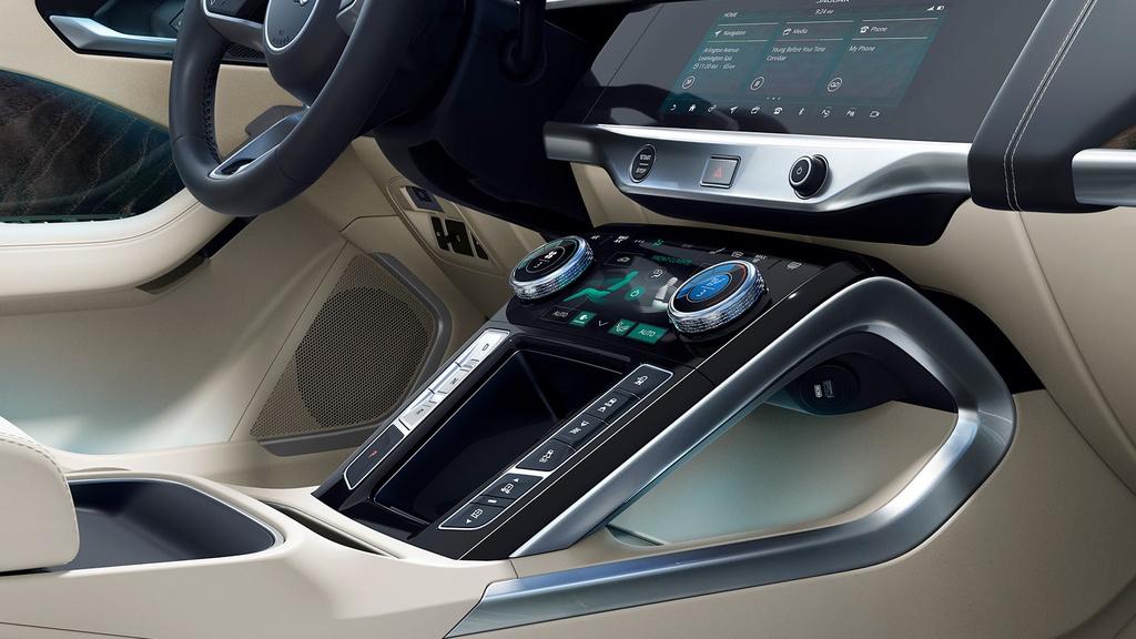 Xe dien Jaguar I-Pace xuat tran tai Dong Nam A, gia 257.000 USD hinh anh 6