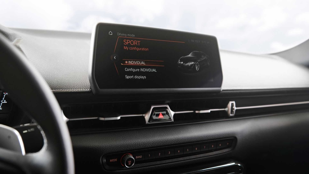 Huyen thoai Toyota Supra 2020 tai sinh anh 14