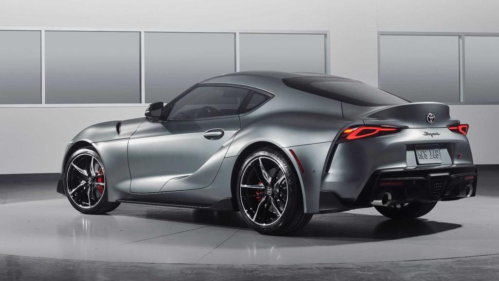 Toyota Supra 2020 dau tien co gia 2, 1 trieu USD anh 5