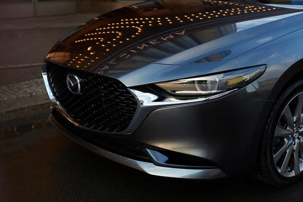 Mazda3 2019 gia tu 22.000 USD anh 8
