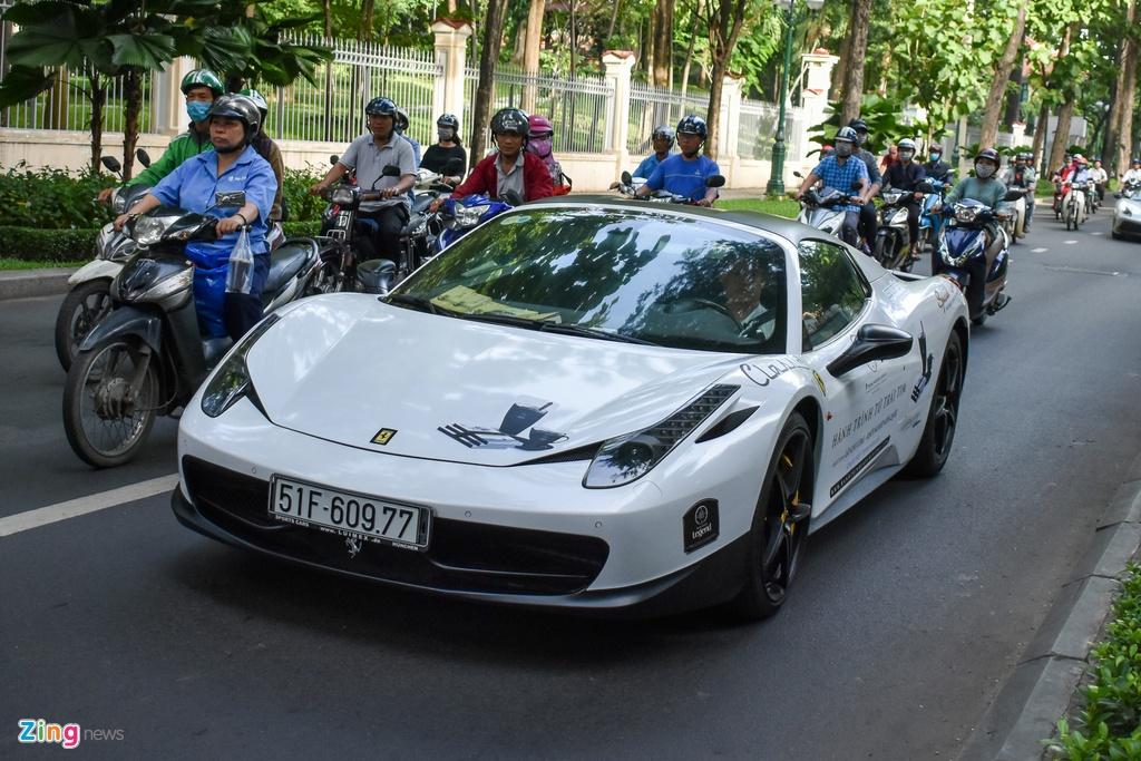 Tien nhieu,  ong Dang Le Nguyen Vu sam sieu xe gi? anh 10