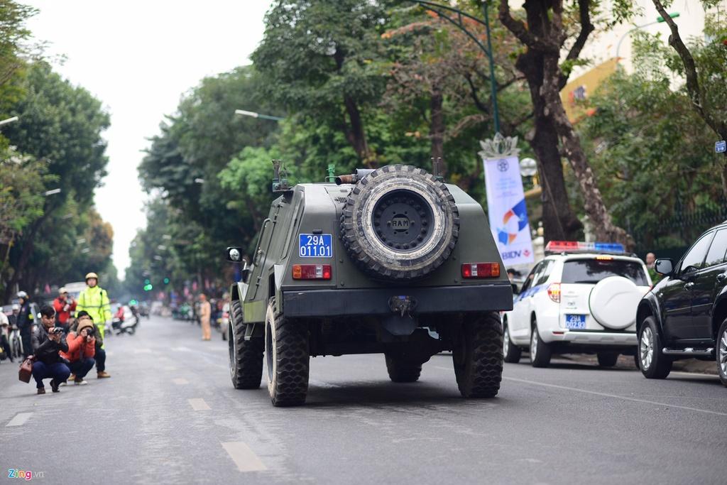 Doan xe Viet Nam phuc vu Hoi nghi My - Trieu anh 5
