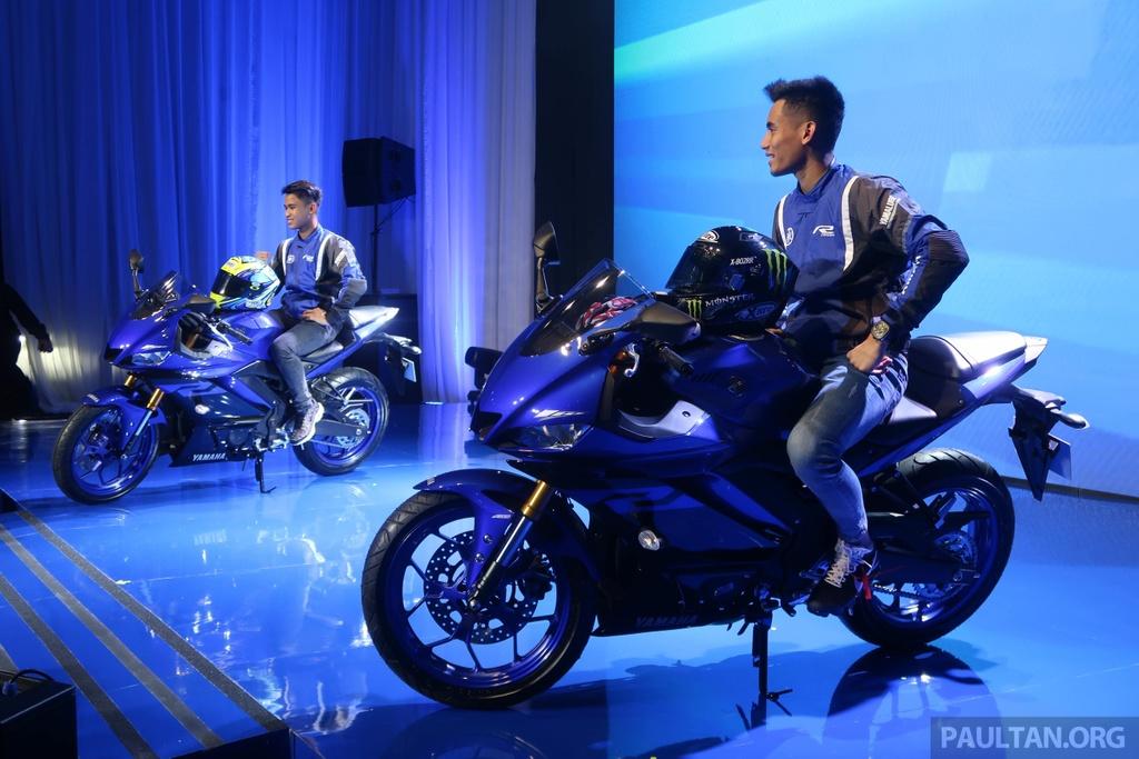 Yamaha R25 2019 ra mat tai Malaysia, hua hen ngay ve VN cua R3 hinh anh 1