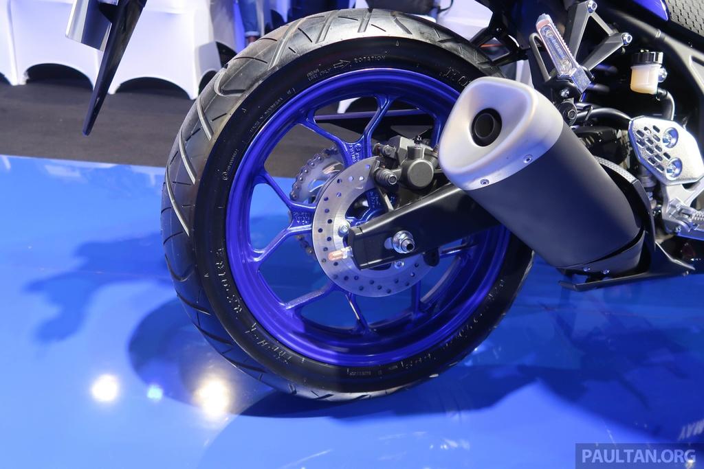 Yamaha R25 2019 ra mat tai Malaysia, hua hen ngay ve VN cua R3 hinh anh 8