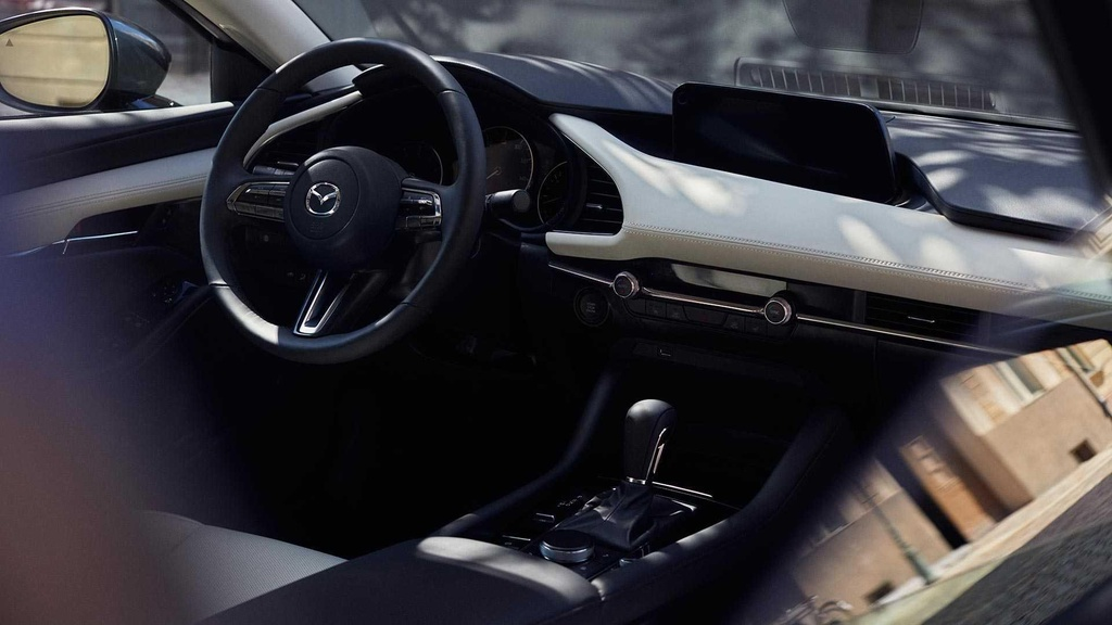 Mazda3 2019 ban 'full option' co gia 31.000 USD tai My hinh anh 11