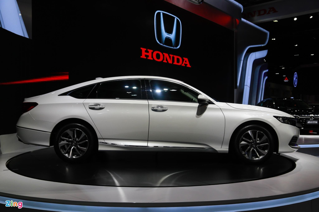 Can canh Honda Accord 2019 tai Thai Lan, da san sang ve VN hinh anh 3