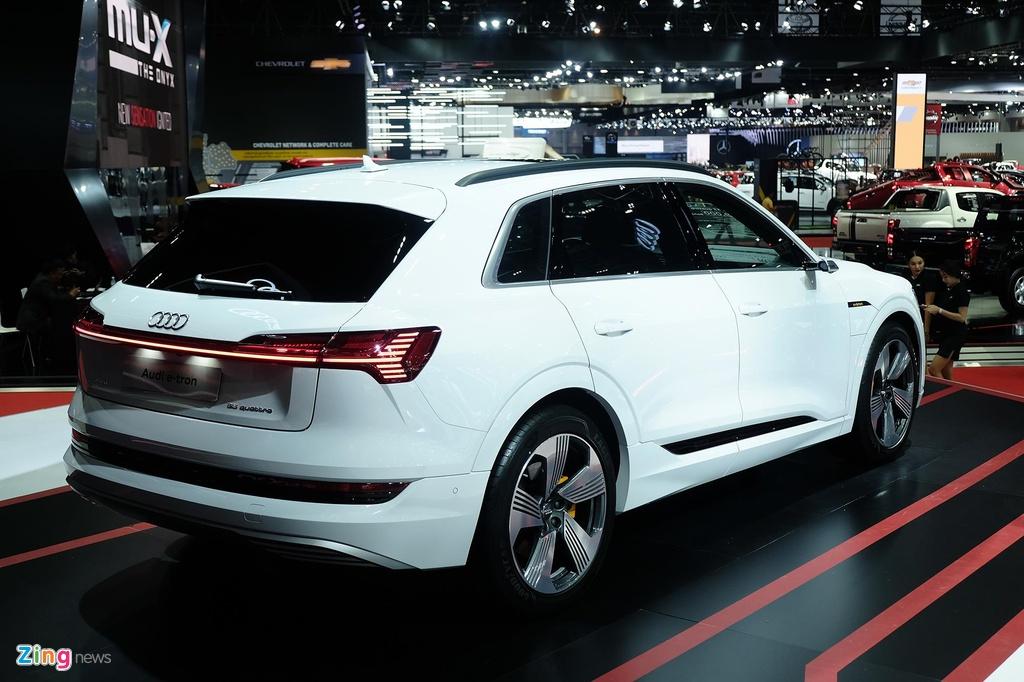 Audi e-tron ra mat Thai Lan anh 4