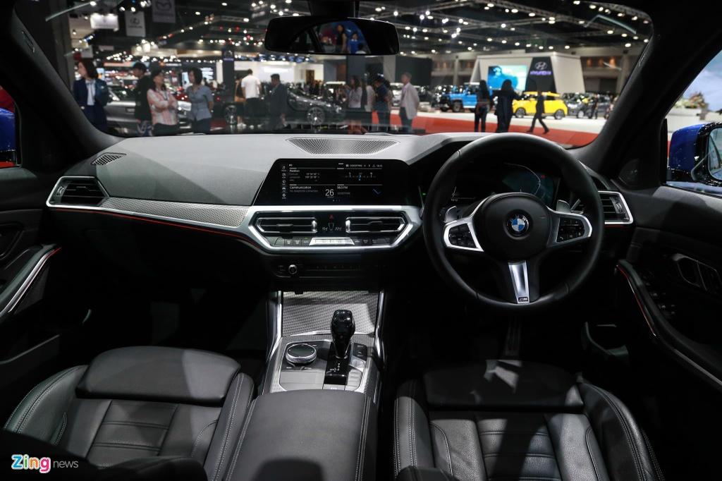 Chi tiet BMW 3-Series 2019 cho ngay ve VN, doi thu Mercedes C-Class hinh anh 5