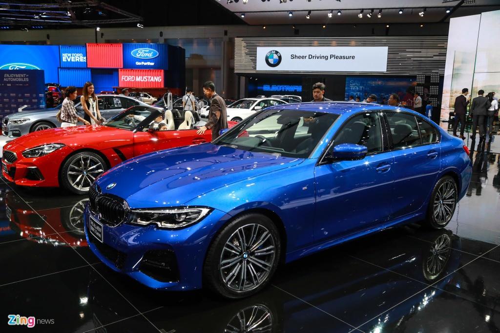 Chi tiet BMW 3-Series 2019 cho ngay ve VN, doi thu Mercedes C-Class hinh anh 1