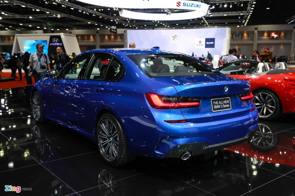 Chi tiet BMW 3-Series 2019 cho ngay ve VN, doi thu Mercedes C-Class hinh anh 11
