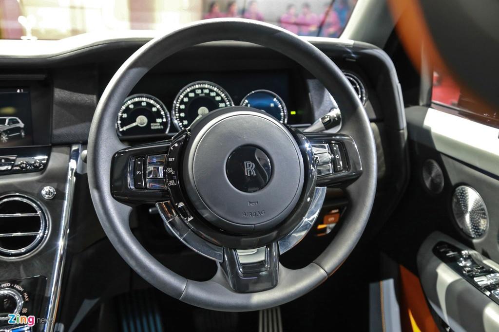Rolls-Royce Cullinan ra mat anh 9