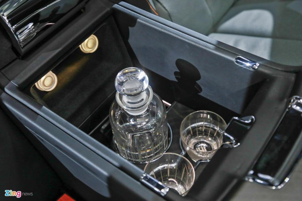 Rolls-Royce Cullinan ra mat anh 12